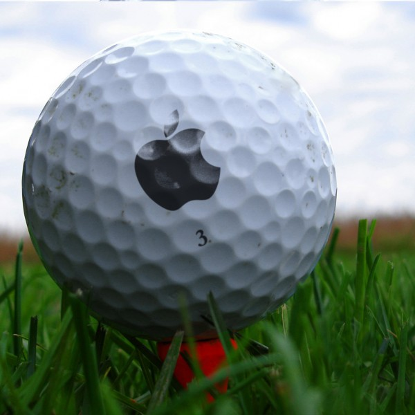 Apple Golf Ball - iPad Wallpaper